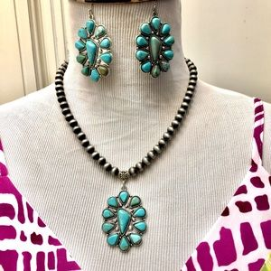 Jewelry - Turquoise Necklace & Earrings Set
